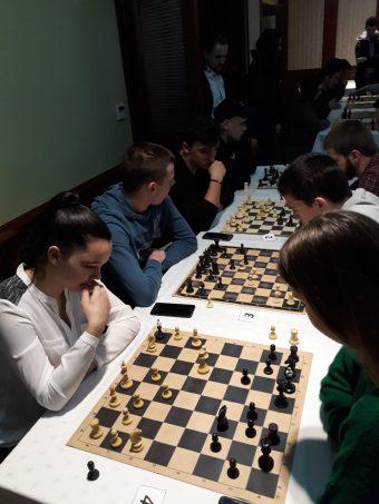 Turnir u šahu za srednje škole